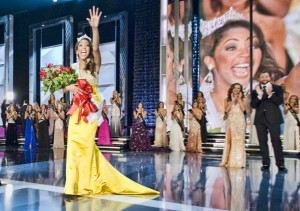 Caressa Cameron is crowned Miss America 2010. Photo courtesy MAO.