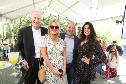 jack-evans-and-guest-with-brunch-attendees 40756365543 o