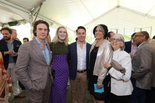jay-fielden-and-tammy-haddad-with-brunch-attendees 47722742821 o