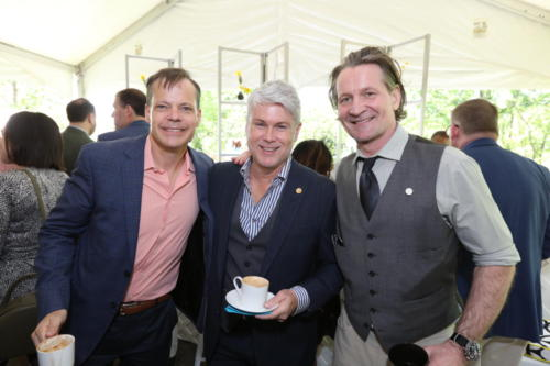 ted-johnson-and-brunch-attendees 47722741581 o